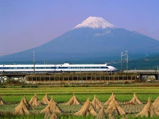 japan-mount-fuji-the-holy-mountain-3