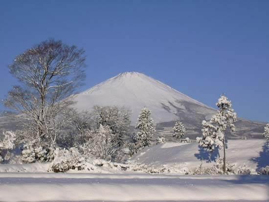 japan-mount-fuji-the-holy-mountain-7