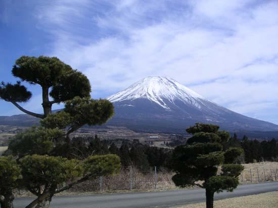 japan-mount-fuji-the-holy-mountain-8