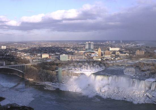 niagara-falls-a-natural-wonder-5