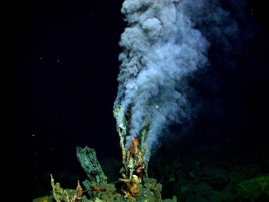 ocean-floor-deep-sea-vents-2