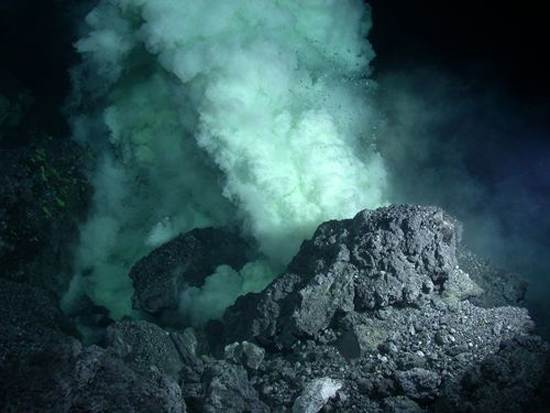 ocean-floor-deep-sea-vents-8