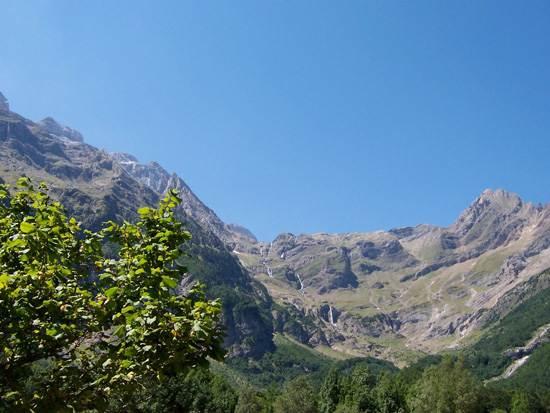 pyrenees-mountain-12