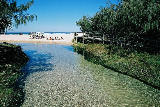 queensland-fraser-sandy-island-7