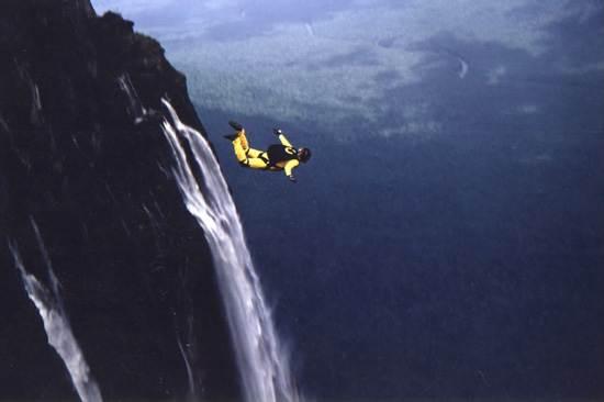 venezuela-the-worlds-highest-waterfall-13