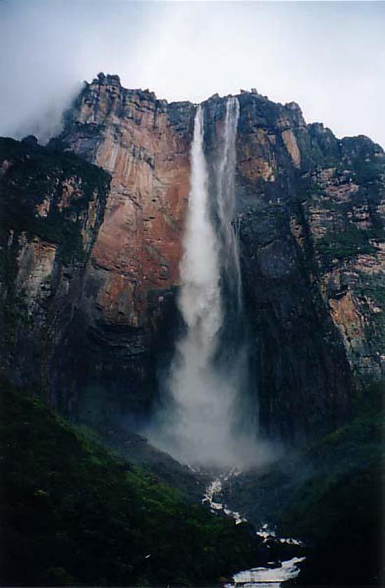 venezuela-the-worlds-highest-waterfall-5