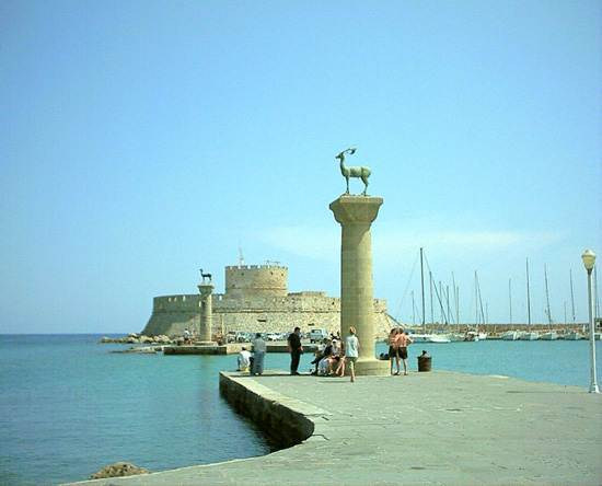 wonders-of-the-ancient-world-colossus-of-rhodes-9
