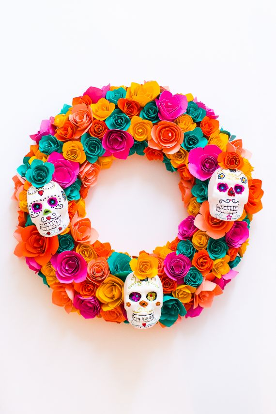 SUGAR SKULL HALLOWEEN WREATH