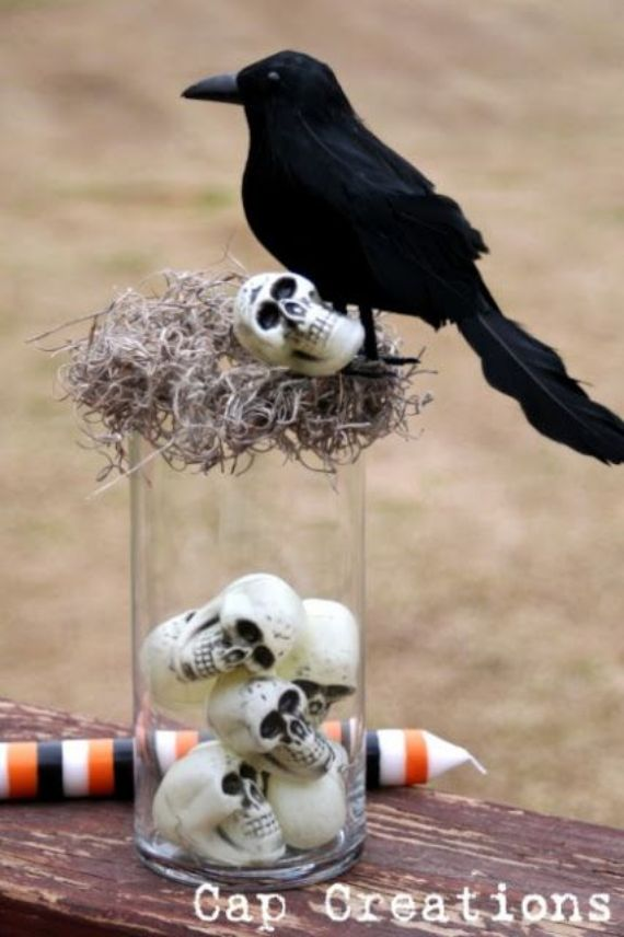 Crow Vase Centerpiece