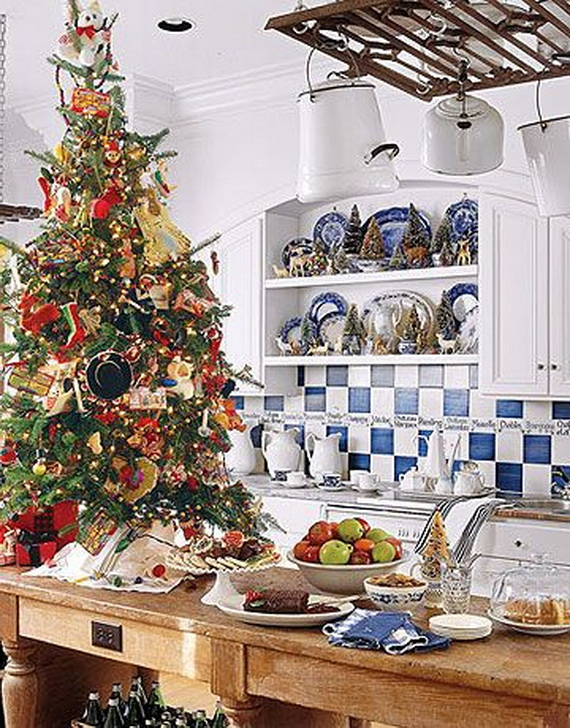 Beautiful Christmas Tree Decorating Ideas for A Holiday Tradition_03