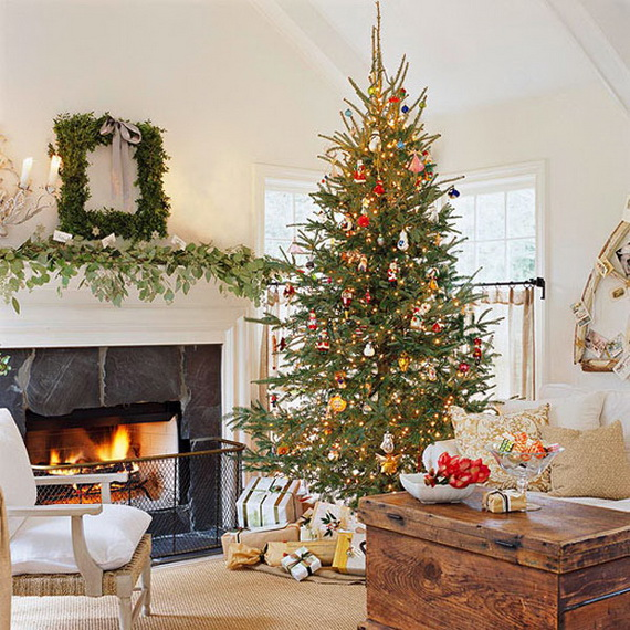 Beautiful Christmas Tree Decorating Ideas for A Holiday Tradition_07