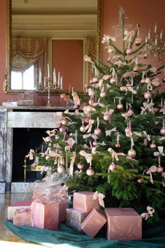 Beautiful Christmas Tree Decorating Ideas for A Holiday Tradition_09