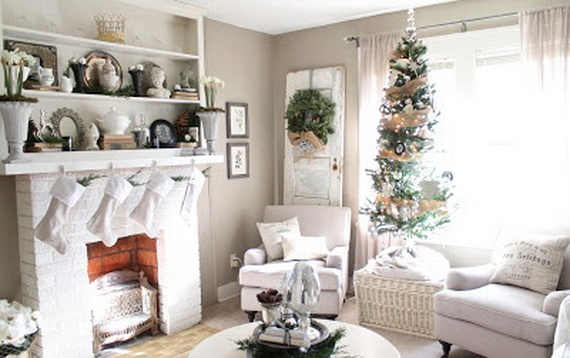 Beautiful Christmas Tree Decorating Ideas for A Holiday Tradition_15