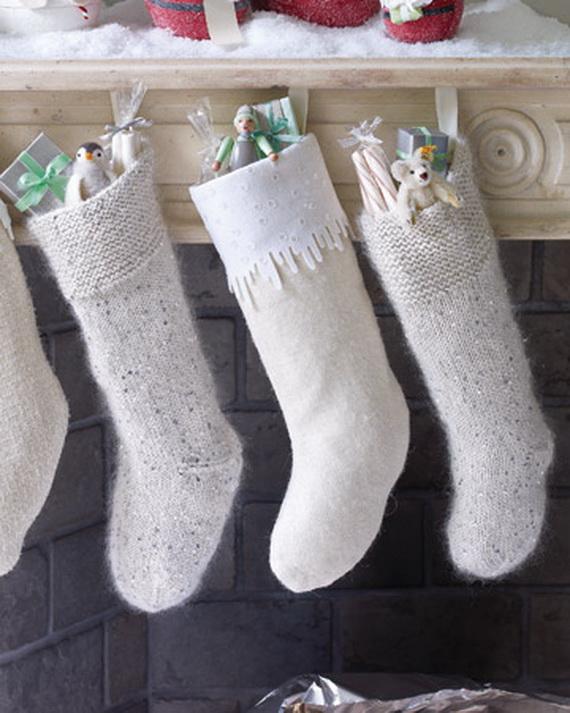Christmas Stockings Decorating Ideas_17