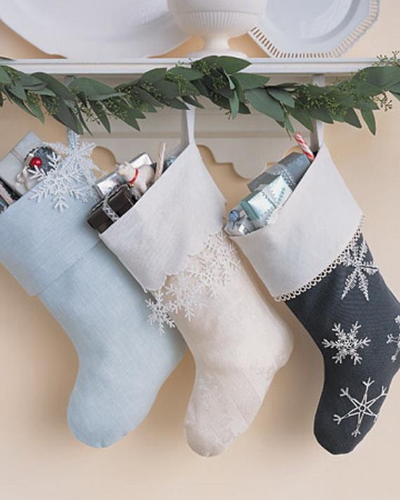 Christmas Stockings Decorating Ideas_18