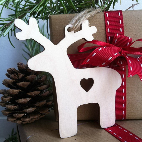 Cute and Quirky Homemade Christmas Ornaments for Holidays_04