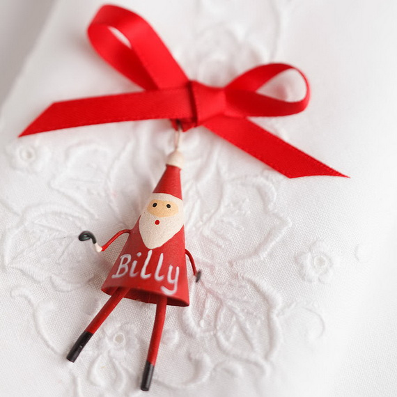 Cute and Quirky Homemade Christmas Ornaments for Holidays_26