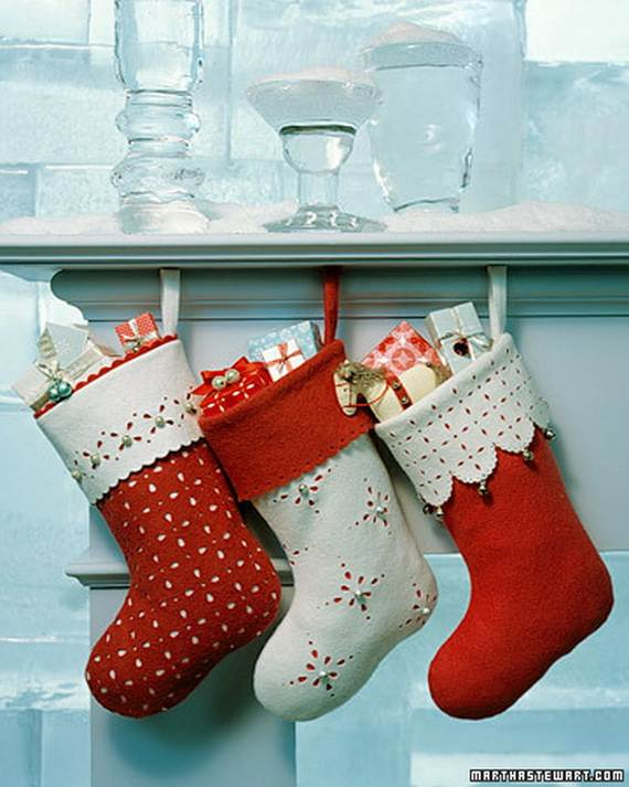 Elegant-Christmas-Stockings-Holiday-Crafts_05