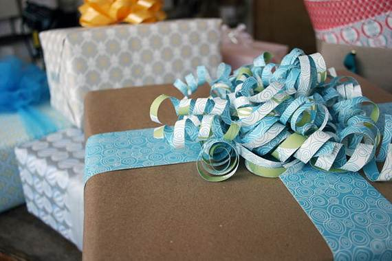 Holiday Gift-Wrapping Ideas (10)