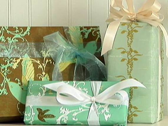Holiday Gift-Wrapping Ideas (9)