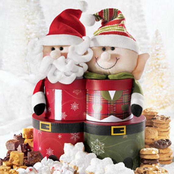 Traditional Christmas Gift Basket Idea_03