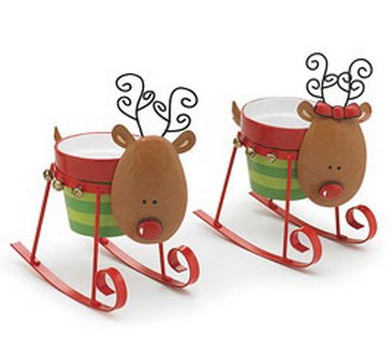Traditional Christmas Gift Basket Idea_12