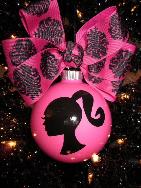 A Holiday Barbie Themed Christmas Tree_08