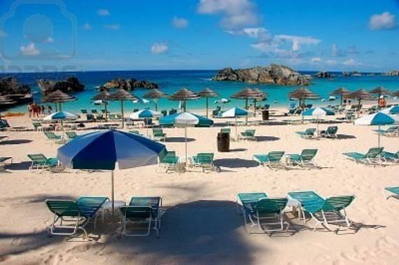 Pink-Sand-Beach-in-Harbour-Island-Bahamas-_10