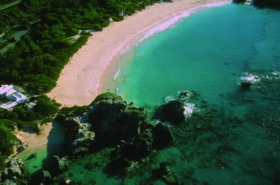 Pink-Sand-Beach-in-Harbour-Island-Bahamas-_17