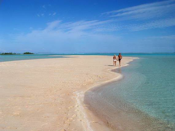 Pink-Sand-Beach-in-Harbour-Island-Bahamas-_22