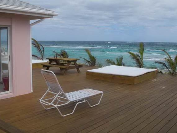 Pink-Sand-Beach-in-Harbour-Island-Bahamas-_26