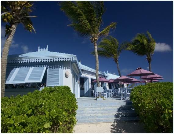 Pink-Sand-Beach-in-Harbour-Island-Bahamas-_40