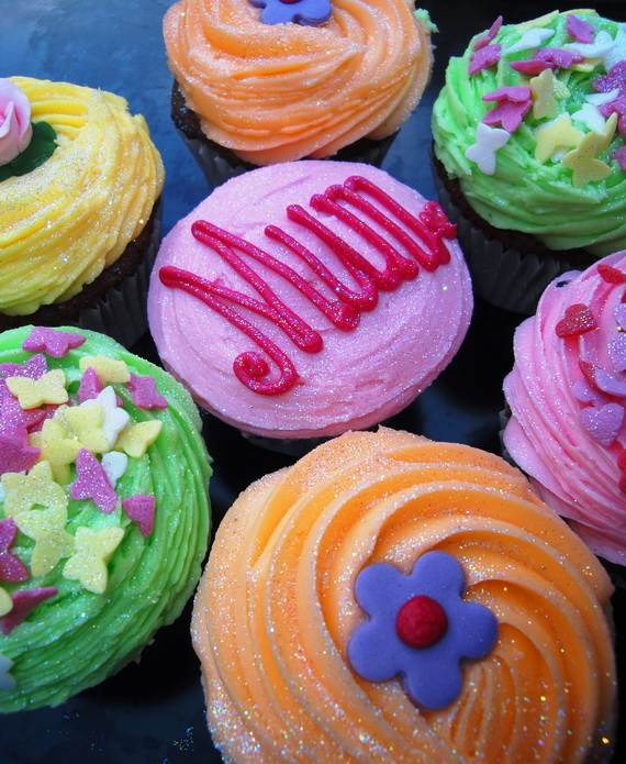 Cupcake-Decorating-Ideas-On-Mothers-Day-_48