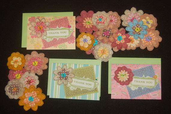 Homemade-Mothers-Day-Ideas-Spring-felt-craft-flower-_31