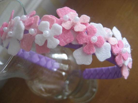 Homemade-Mothers-Day-Ideas-Spring-felt-craft-flower-_67