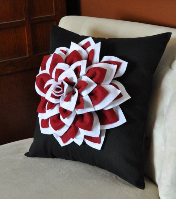 Homemade-Mothers-Day-Ideas-Spring-felt-craft-flower-_71