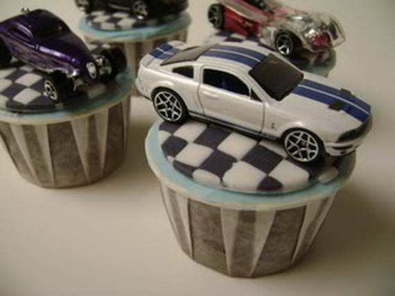 D-sitesHOLIDAYSfather-daycup-cakeCupcake-Decorating-Ideas-On-Fathers-Day-_08