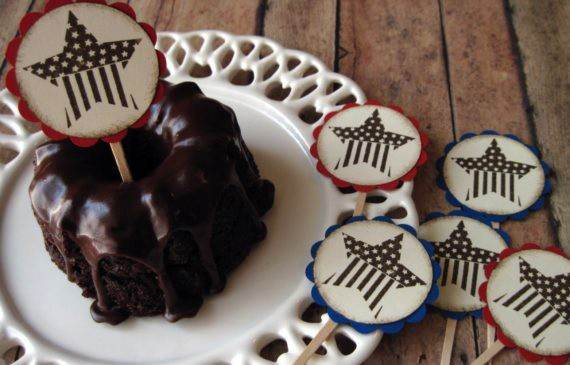 4th-of-July-Cupcakes-Decorating-Ideas-and-Cupcake-Wrappers_10