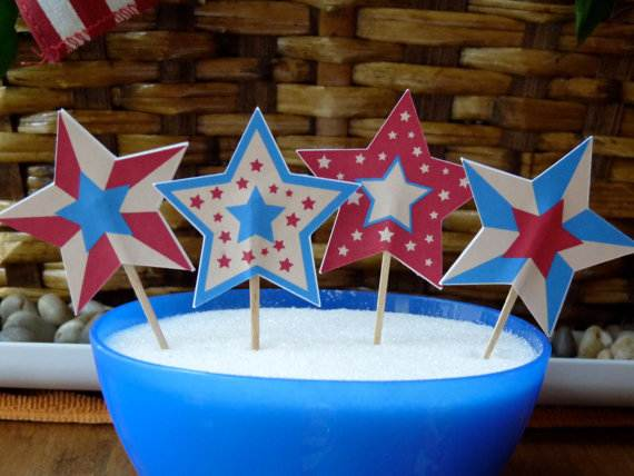 4th-of-July-Cupcakes-Decorating-Ideas-and-Cupcake-Wrappers_33