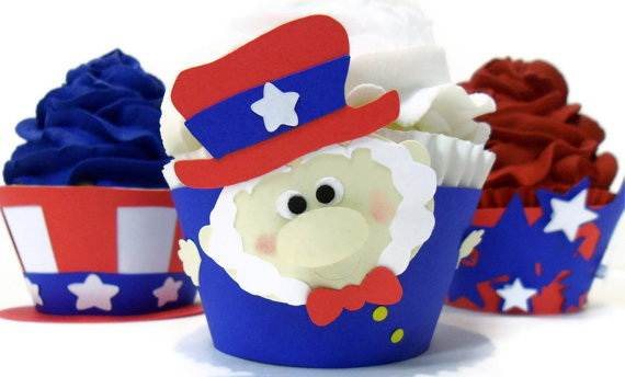 4th of July Cupcakes Decorating Ideas and Cupcake Wrappers