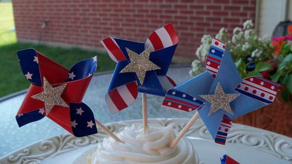 4th-of-July-Cupcakes-Decorating-Ideas-and-Cupcake-Wrappers_39