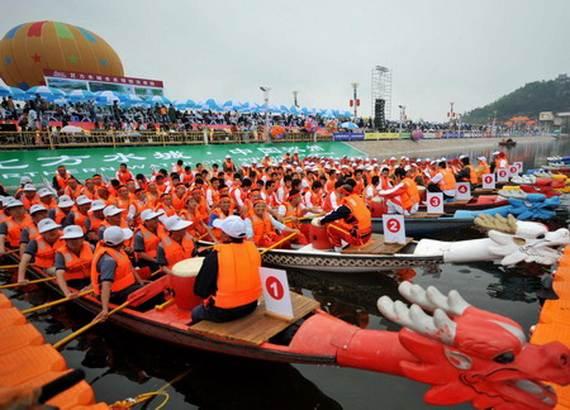 Chinese-Dragon-Boat-Festival-Duanwu-Jie-Origin-History-China-Festival_17