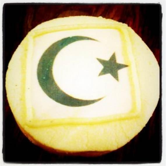 Delicious-Ramadan-Cupcakes-Desserts_54
