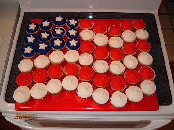 Independence Day Cakes & Cupcakes Decorating Ideas (25)
