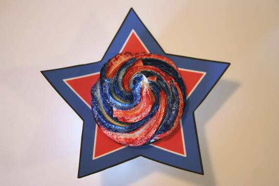 Independence Day Cakes & Cupcakes Decorating Ideas (36)