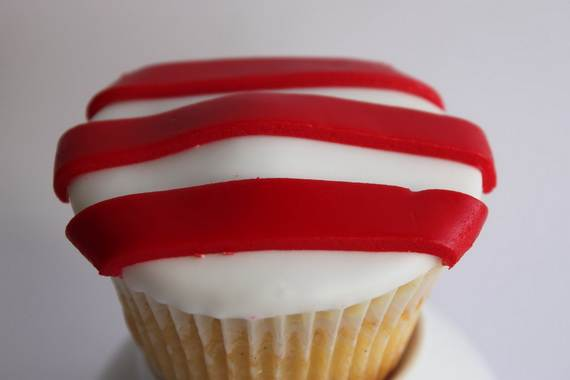 Independence-Day-Cupcake-Patriotic-Theme-Ideas (1)