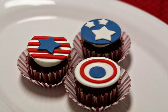 Independence day Cupcakes Decorating Ideas (13)