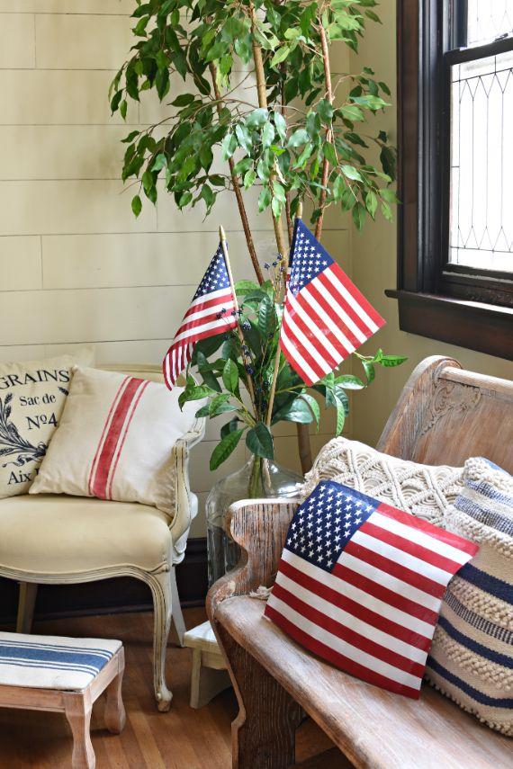 Patriotic flags (1)