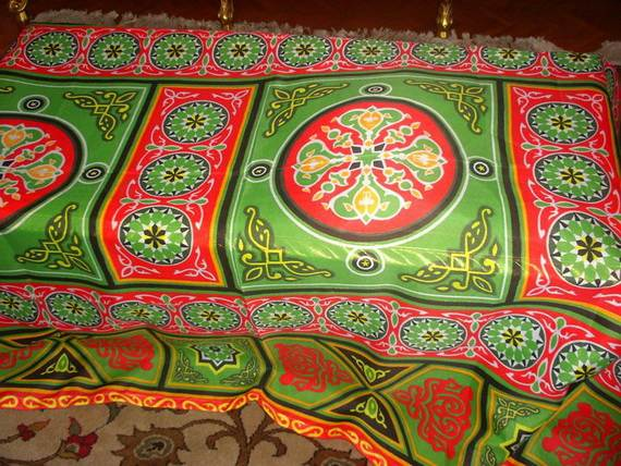 Traditional-Ramadan-Decorating-Themes-_05