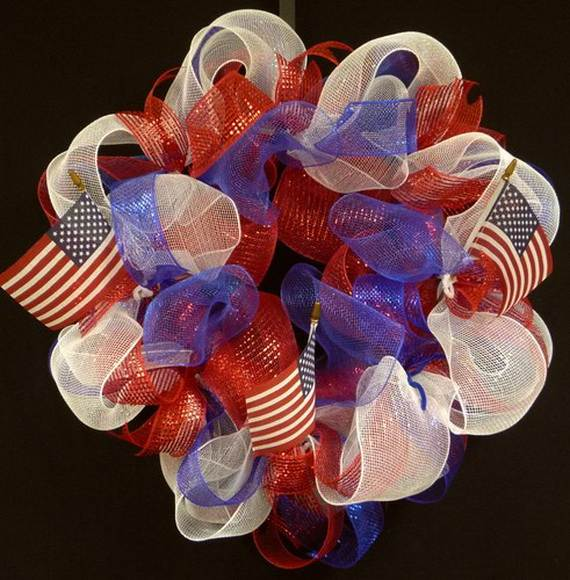 Cool-wreaths-for-Memorial-or-Labor-Day-_05